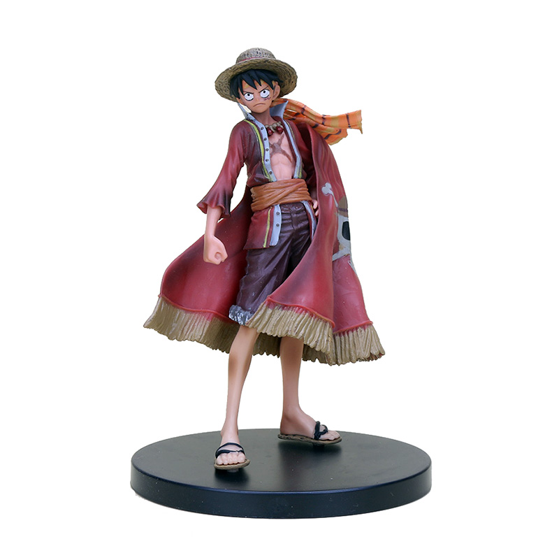 One Piece – 9 Grand Line Pirates Figures (17cm) Action & Toy Figures